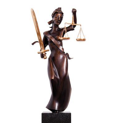 Vrouwe Justitia | 43 cm hoog | oplage 8 + 4EA