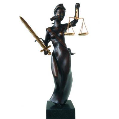 Vrouwe justitia brons hoogte 43 cm oplage 8 + 2 EA zwaard en weegschaal verguld